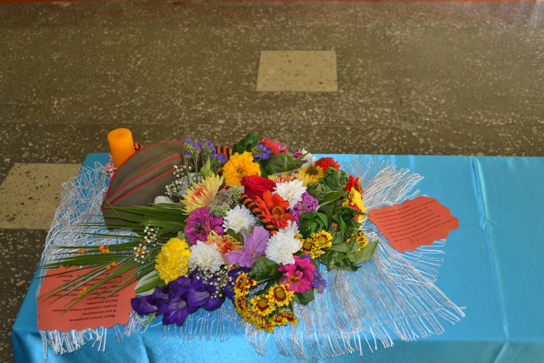 Цветочная композиция в школу конкурс